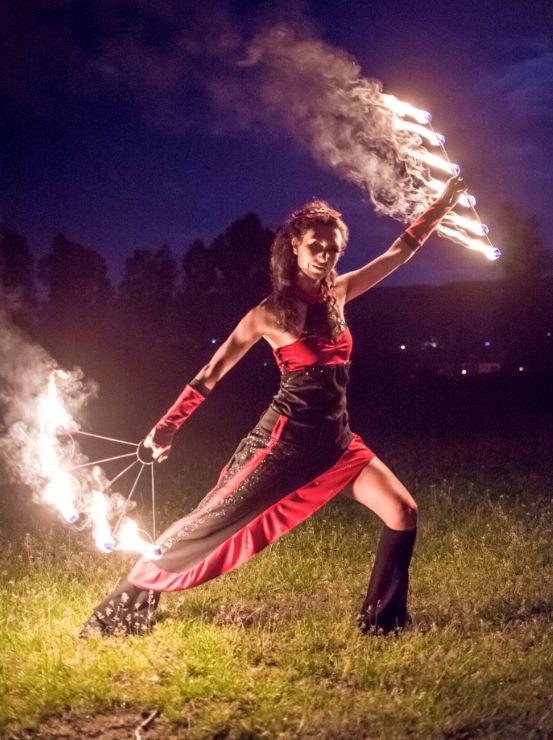 Огнено шоу Сирни заговезни – Ден за прошка…